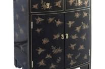 meuble galbé décor papillons